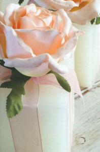 Свечи с розами и лентами