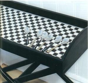 Как украсить сервировочный столик