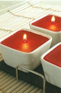 Свечи цвета красного вина